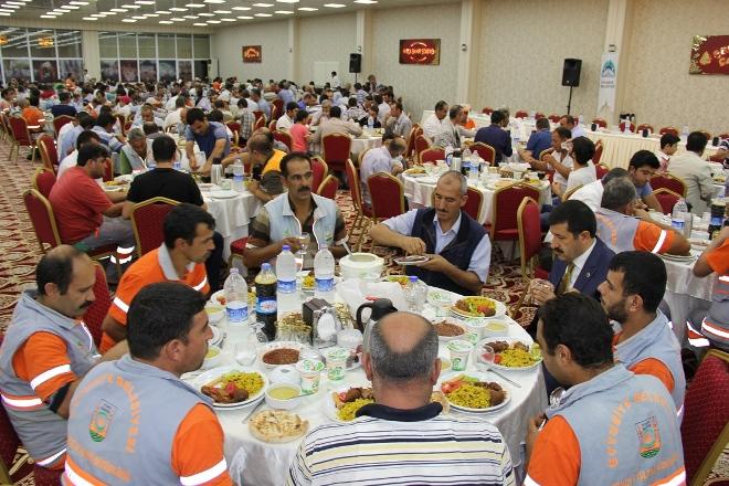 Eyyübiye Belediyesi İşçilerine sahip çıkacak-VİDEO