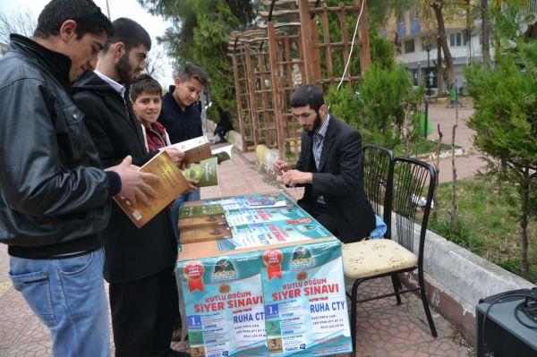 Viranşehir'de siyer sınavı için stant açıldı