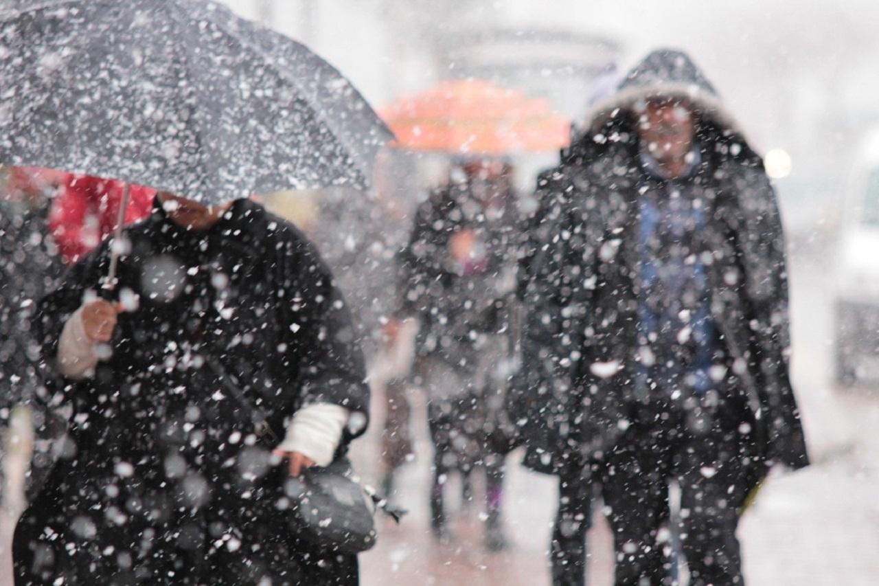 İstanbul'da kar ve fırtına
