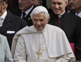 Papanın imkansız görevi