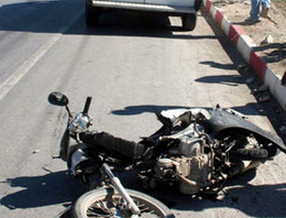 Cenaze taşıyan ambulans kaza yaptı