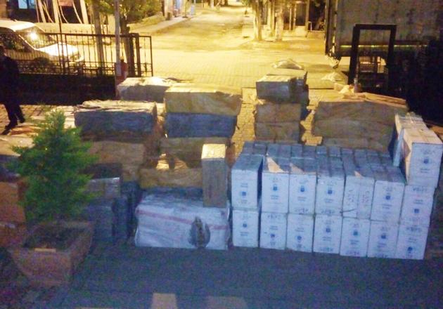 Viranşehir'de 122 bin kaçak sigara ele geçirildi