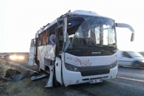 Urfa'da Askeri araç kaza yaptı; 1 Şehit