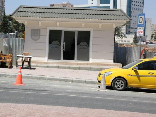 Taksi duraklarına standart getirildi