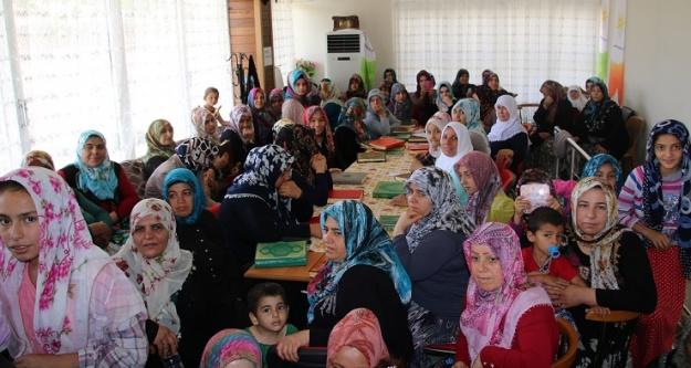 Hızmalı'daki kadınlar kültür ve sanat evinde buluşuyor