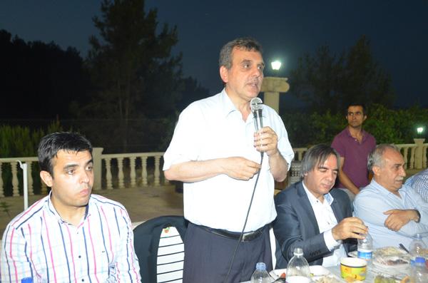 Bozova teşkilatından partililere iftar