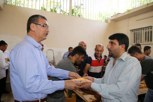 Urfa'da Bayram sabahı onbinlere tirit ziyafeti