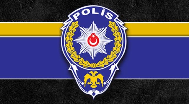 Polise saldırı: 8 yaralı
