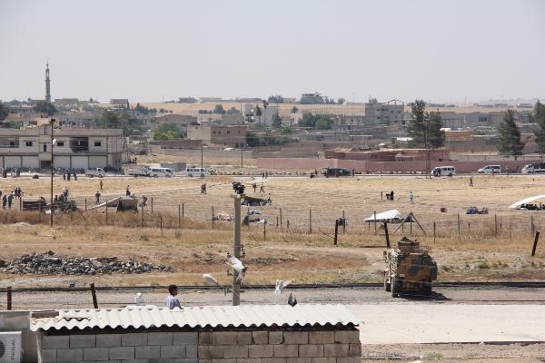 Talebyad'da iki şiddetli patlama oldu