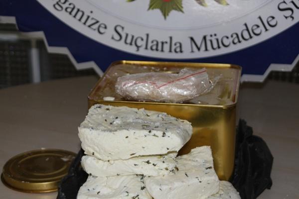 Peynir tenekesinden uyuşturucu çıktı