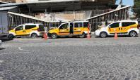 Çatışmalar taksi şoförlerini mağdur etti