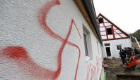 Almanya'da mültecilere yönelik ırkçı saldırılar artıyor