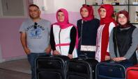 Midyat'ta yüksek lisans kazanan kız öğrencilere valiz desteği