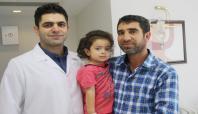 2 yaşındaki Ecrin'e laparoskopik ameliyat