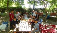 İlim Der, öğrencileriyle piknikte buluştu