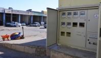 Diyarbakır'daki oto tamircilerinin elektrik sayaçları yapı dışına alındı