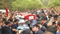 Diyarbakır'da hayatını kaybeden polis toprağa verildi