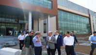 Bitlis Valisi Çınar yeni Valilik binasında incelemelerde bulundu