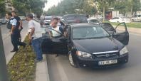 Batman'da PKK'lı taşıyan otomobil yakalandı: 2 gözaltı
