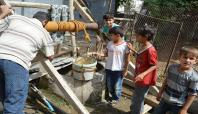 Susuz kalan halk eski su kuyularını faaliyete koydu