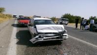 Kâhta'da iki otomobil çarpıştı: 4 yaralı