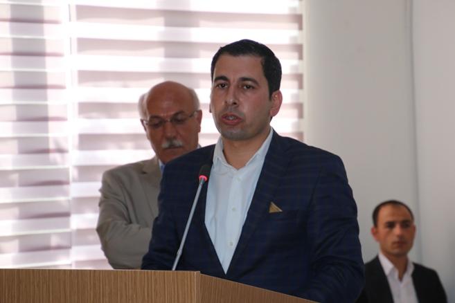 Karaköprü Belediye Başkanlığına Metin Baydilli seçildi