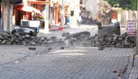 Diyarbakır'da saatli bomba paniği