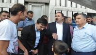 HÜDA PAR'dan İstanbul Otogarında bekleyen mültecilere ziyaret