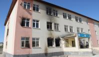 Van'da yakılan okulda eğitime başlanamadı