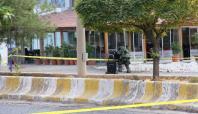 Midyat'ta kahvehane önüne bırakılan valizler paniğe yol açtı