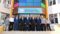 Talim Terbiye Kurulu Başkanı Gaziantep'teki okulları ziyaret etti