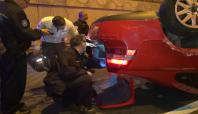 Otomobil TIR'a çarptı