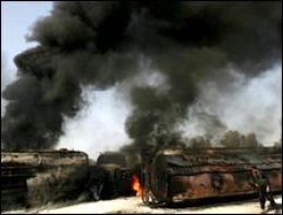 Pakistanda NATO konvoyuna saldırı
