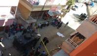 'Silahla oynayan çocuk kendisini vurdu' iddiası