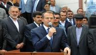 Erciş'in yeni büyük camisi ibadete açıldı
