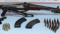 Hakkâri'de çok sayıda silah ve bomba ele geçirildi
