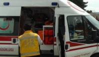 TIR ile otomobil kafa kafaya çarpıştı: 1 ölü, 2 yaralı