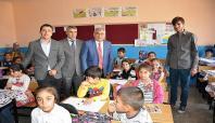 Milli Eğitim Müdürü okul ziyaretlerinde bulundu