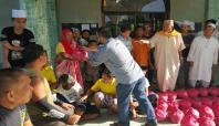 Avrupa Yetim-Der Filipinler'de yardım dağıttı