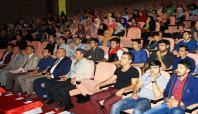 DÜ İlahiyat Fakültesi öğrencilerine oryantasyon eğitimi