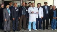 Kovancılar'da sağlık çalışanlarından basın açıklaması