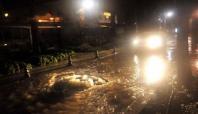 Şanlıurfa'da sağanak yağmur etkili oldu