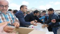 Diyarbakır'da Aşure dağıtıldı