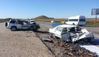 Diyarbakır'da trafik kazası: 2 ölü 7 yaralı