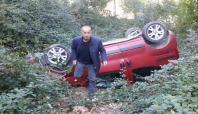 Kocaeli'de otomobil dereye uçtu: 2 yaralı