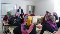 Nizip'te Kur'an Kursu hocalarına hizmet içi eğitim kursu