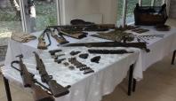 Tatvan'da ev baskınlarında mühimmat ele geçirildi