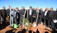Gaziantep'te 4 bin 500 fidan toprakla buluşturuldu