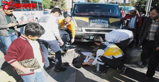 Atatürk bulvarında trafik kazası, 2 yaralı