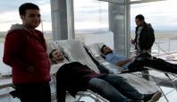Öğrencilerden kan bağışı kampanyasına destek